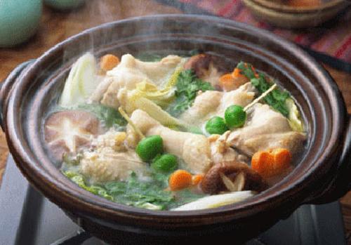 Tuyệt chiêu cách làm lẩu chân gà nấm rơm – Bếp Món Ngon